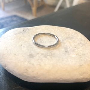 Madewell Simple Silver Dainty Thin Ring Size 7